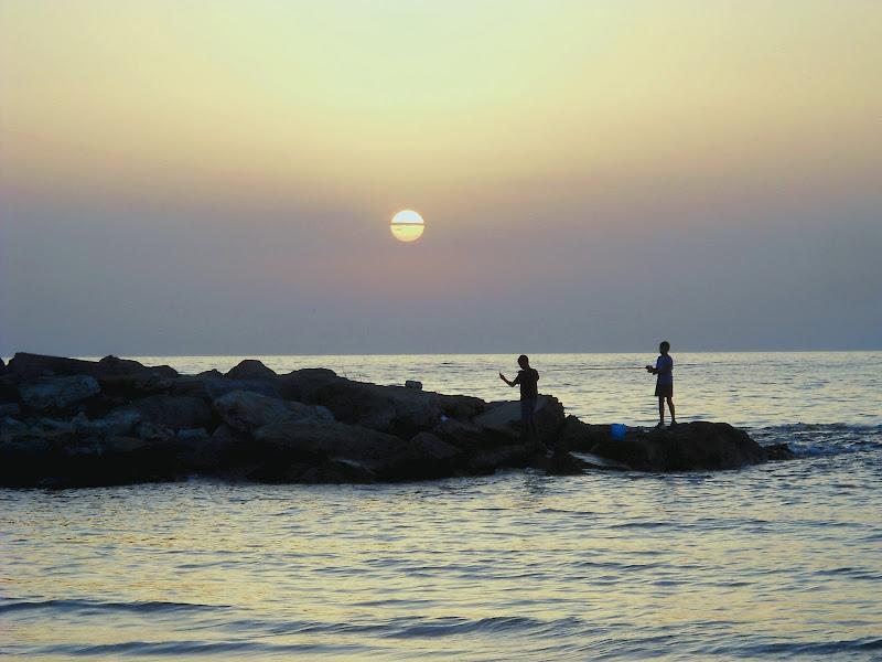 Piccoli pescatori di albe di Rossella Valitutti