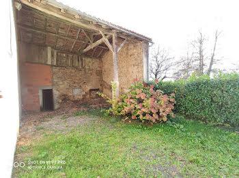 maison à Le Lindois (16)