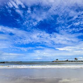 Jerudong Beach, Brunei Darussalam by Mohd Nazeerul - Landscapes Cloud Formations ( 2013, jerudong, brunei darussalam, beach, landscape )