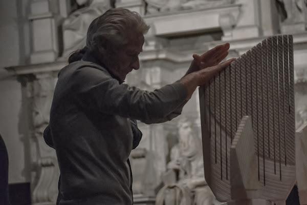 Pinuccio Sciola vs Michelangelo  di giragiu