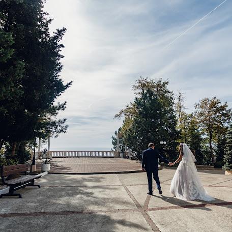 Wedding photographer Viktoriya Kompaniec (kompanyasha). Photo of 07.12.2017