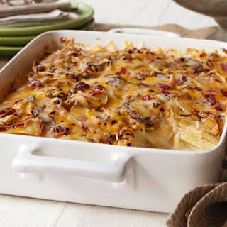 Crowd-Pleasing Scalloped Potatoes.