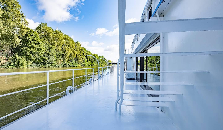 Loft avec terrasse et vue panoramique Neuilly-sur-Seine