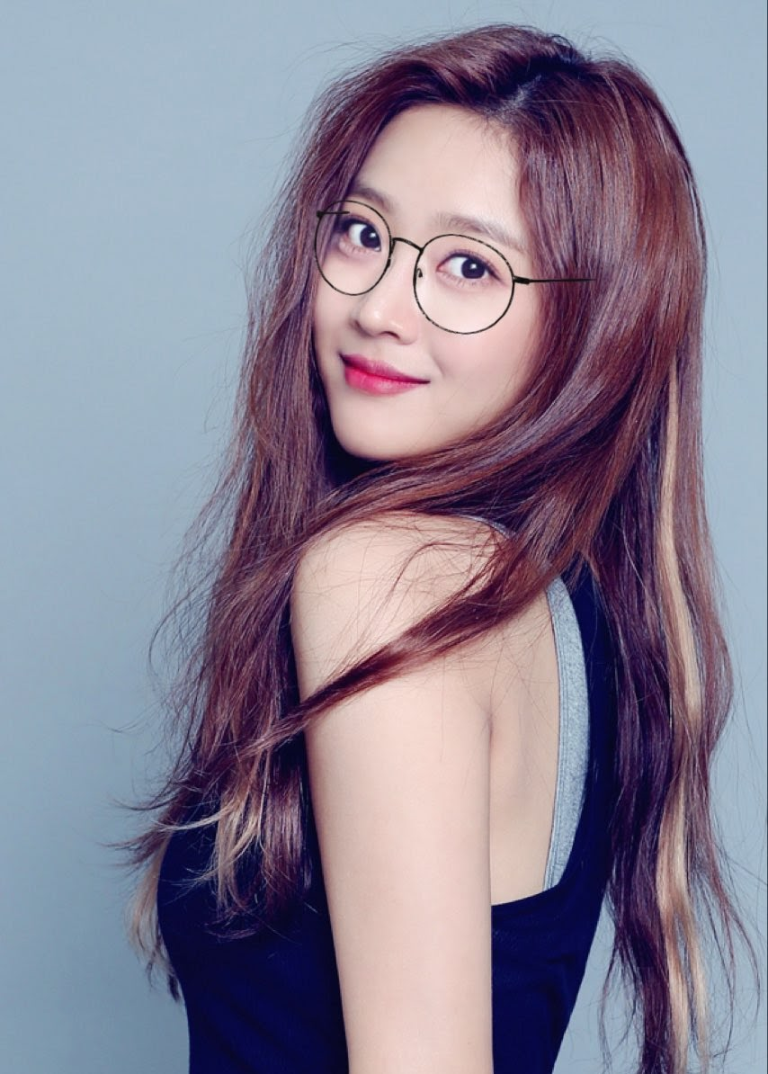 glassesgirls_7
