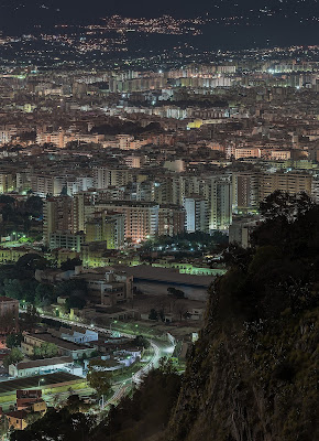 Palermo by night  di peppe_vella