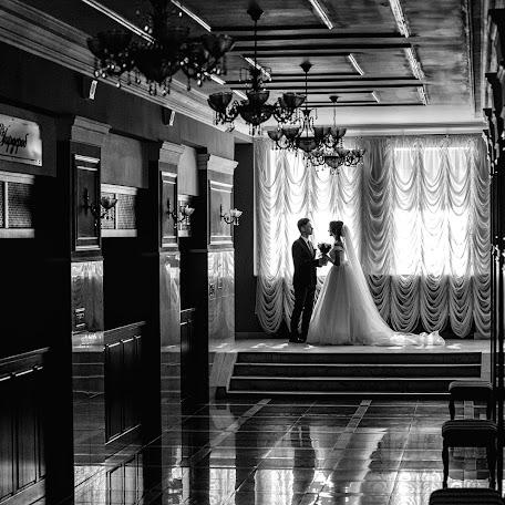 Wedding photographer Andrey Meschanov (fotoman63). Photo of 07.11.2017