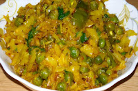 Cabbage And Peas Curry