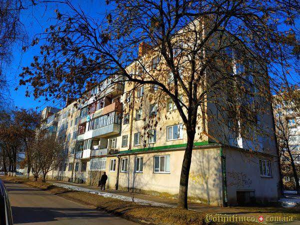 Вул. Гулака-Артемовського, 15. Фото: І.Сметанін