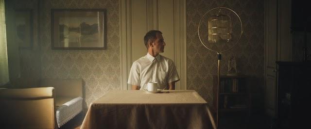 'Rígido' es un cortometraje dirigido por el almeriense Pablo Miralles y el abulense Fernando M. López.