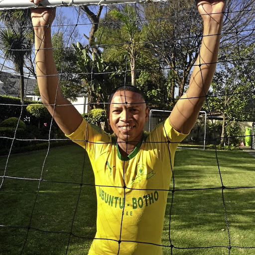 Andile Jali has signed a deal with Mamelodi Sundowns.