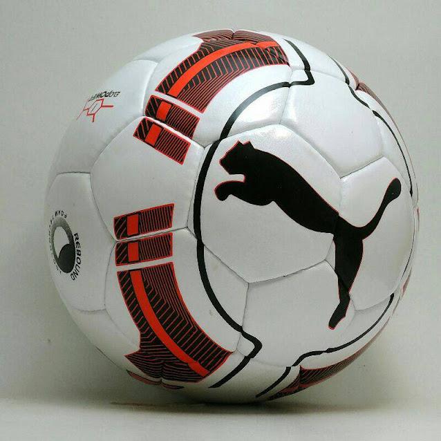 362f96e0f5 Merk Puma juga tak kalah populer di dunia sebagai salah satu merk peralatan  olahraga. Tahun ini Puma mengeluarkan produk bola futsal edisi terbaru yang  ...