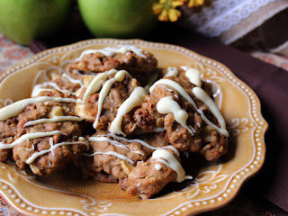Oatmeal, Apple, Cinnamon Chip Cookies Recipe