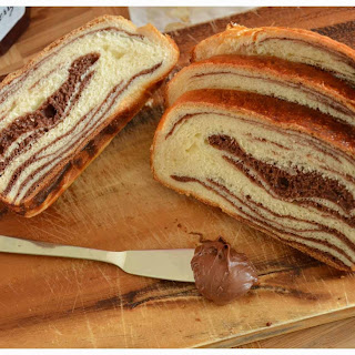Chocolate marble swirl bread (Tangzhong method)
