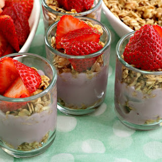 Mini Fruit & Yogurt Parfaits