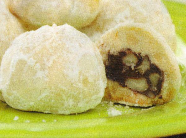 Chocolate Macadamia Meltaways Recipe