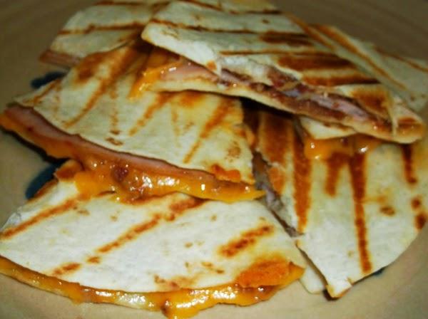 Cheesy Bacon & Turkey Quesadilla Appetizers Recipe