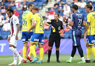 """L'entraîneur de Waasland-Beveren après la correction au PSG : """"Une expérience unique dans une vie"""""""