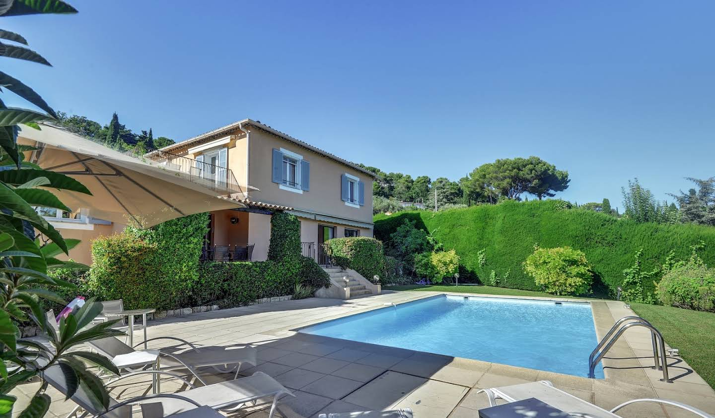 Villa with pool and terrace Mougins