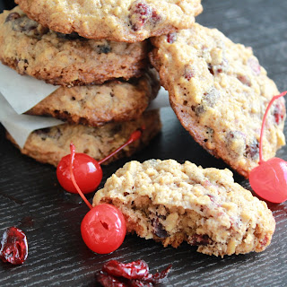 Cherry-Cranberry Oatmeal Cookies
