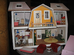 Photo: 13 b. Christinan talo katto avattuna