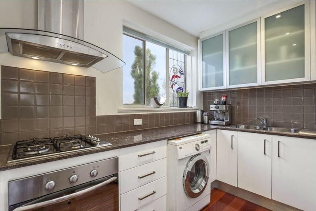 Main photo of property at 6/142 Shields Street, Flemington 3031