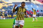 Club Brugge houdt been stijf, Vitesse dringt aan voor Openda