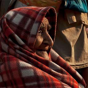 Old Lady by Suman Rakshit - People Portraits of Women