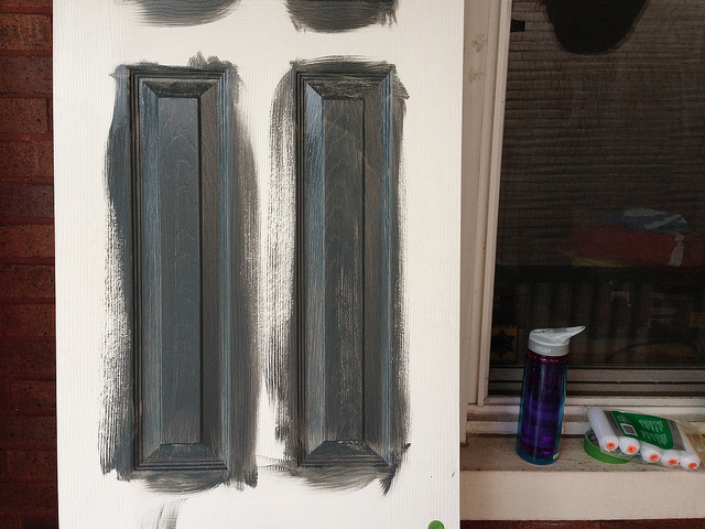 How to Paint Interior Doors Like a Professional : painting interior doors - zebratimes.com