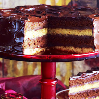 Double-Decker Chocolate Mud Cake
