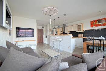 Appartement meublé 3 pièces 72,16 m2
