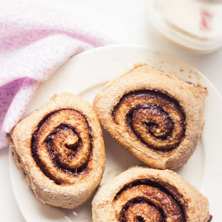 Clean Eating Classic Cinnamon Rolls