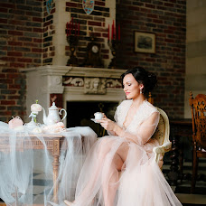 Wedding photographer Oksana Schemerova (oksanaschem). Photo of 31.07.2017