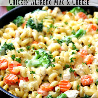 One Pot Chicken Alfredo Mac and Cheese.