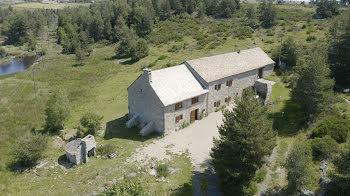 maison à Fau-de-Peyre (48)