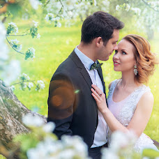 Wedding photographer Olga Sayuk (sajukola). Photo of 16.05.2016