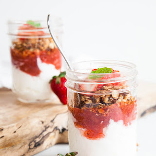 Stewed Strawberry Rhubarb Yogurt Parfaits Recipe