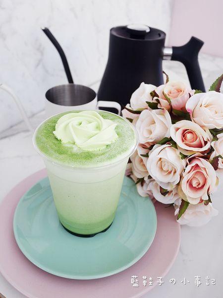 雨田先生手沖飲品吧 (台北市大安區) - 超好拍!美麗又優雅的凡爾賽玫瑰牛奶飲品