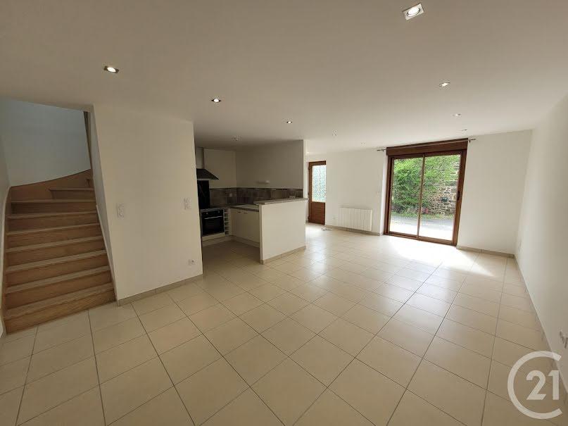 Vente maison 3 pièces 74.93 m² à Chantrigné (53300), 91 000 €