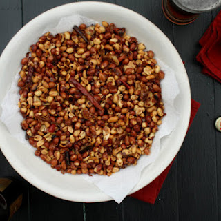 Oaxacan-Style Peanuts w/ Chile & Garlic (Cacahuates Oaxaqueños con Chile y Ajo)