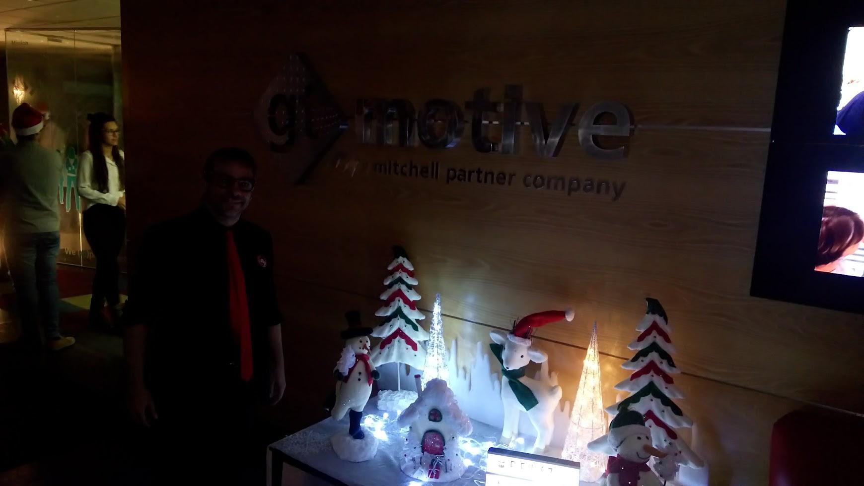 alfonso V en fiesta navideña de empresa GT motive 2017
