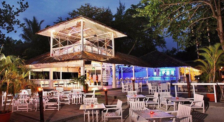 Nirwana Beach Club