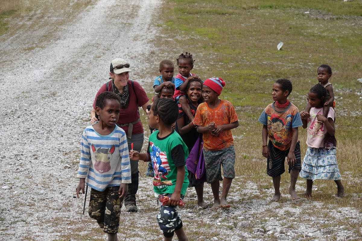 Indonesia. Papua Baliem Valley Trekking. The warm welcome of the Papuan everywhere we went