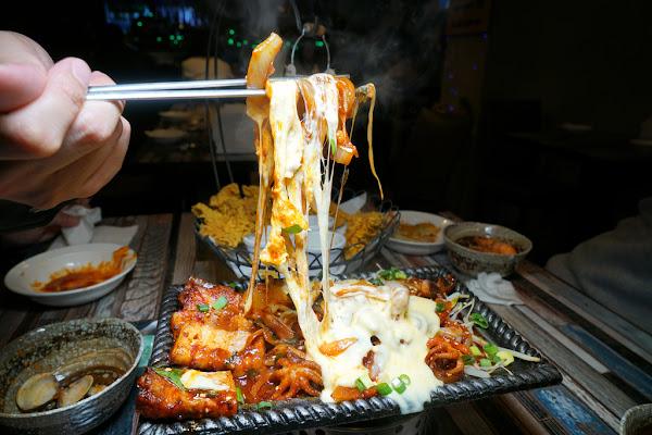 2019跨年大餐 Hanchu Taipei 한추 韓國人開的韓式料理店 辣炒年糕 海鮮煎餅 海鮮豆腐鍋 來自星星的你 調酒