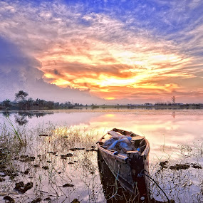 Boat Bang Mas Abang Ganteng ..   by ANdi Khoebill - Transportation Boats