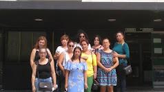 Madres ante la delegación de Educación