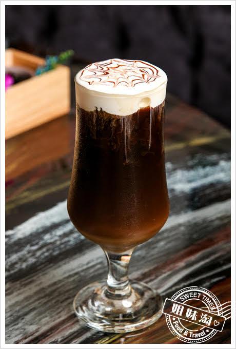 蒙娜麗莎海鮮鍋物奶蓋咖啡