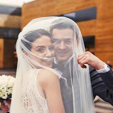 Wedding photographer Vladimir Budkov (BVL99). Photo of 13.12.2018