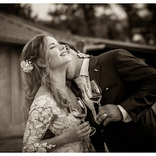 Wedding photographer Victoria Priessnitz (priessnitzphoto). Photo of 24.05.2019