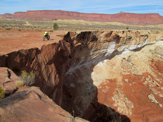 Above a fork of Horse Canyon
