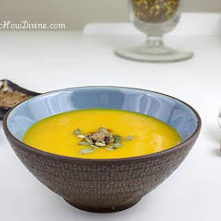Hobakjuk (Pumpkin Porridge with Rice Dumplings).